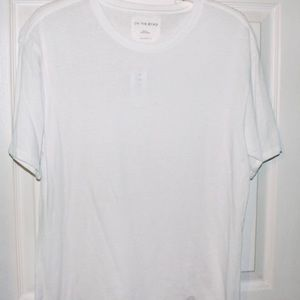Basic white tee relaxed fit T-shirt on the byas s